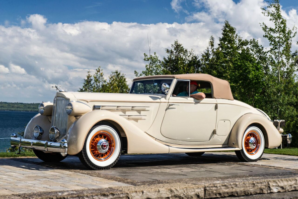 1935-Packard-1207-Dietrich-bodied-Coupe-Roadster.-