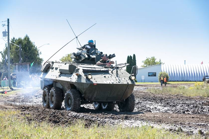 CDN AVGP Grizzly (LAV)