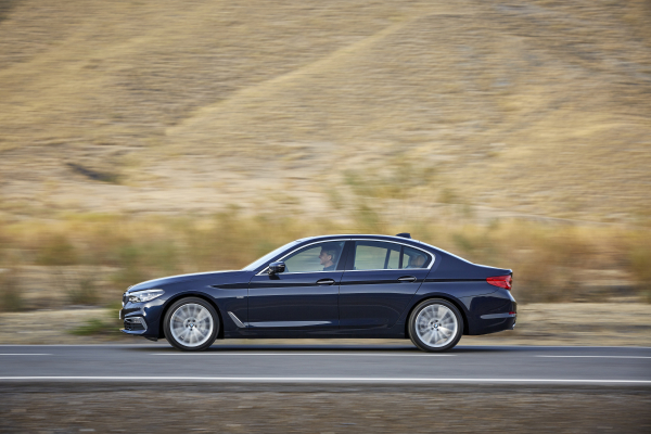 HighRes_the-new-bmw-5-series-1-copy